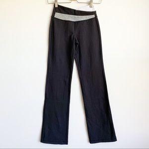 Lululemon Groove Pants Black Legging Size 2